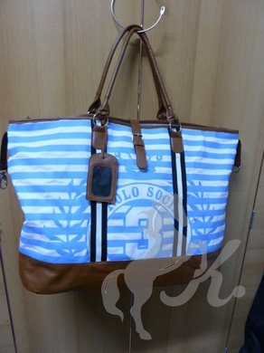 Taska Shoulderbag Airblue-White.JPG